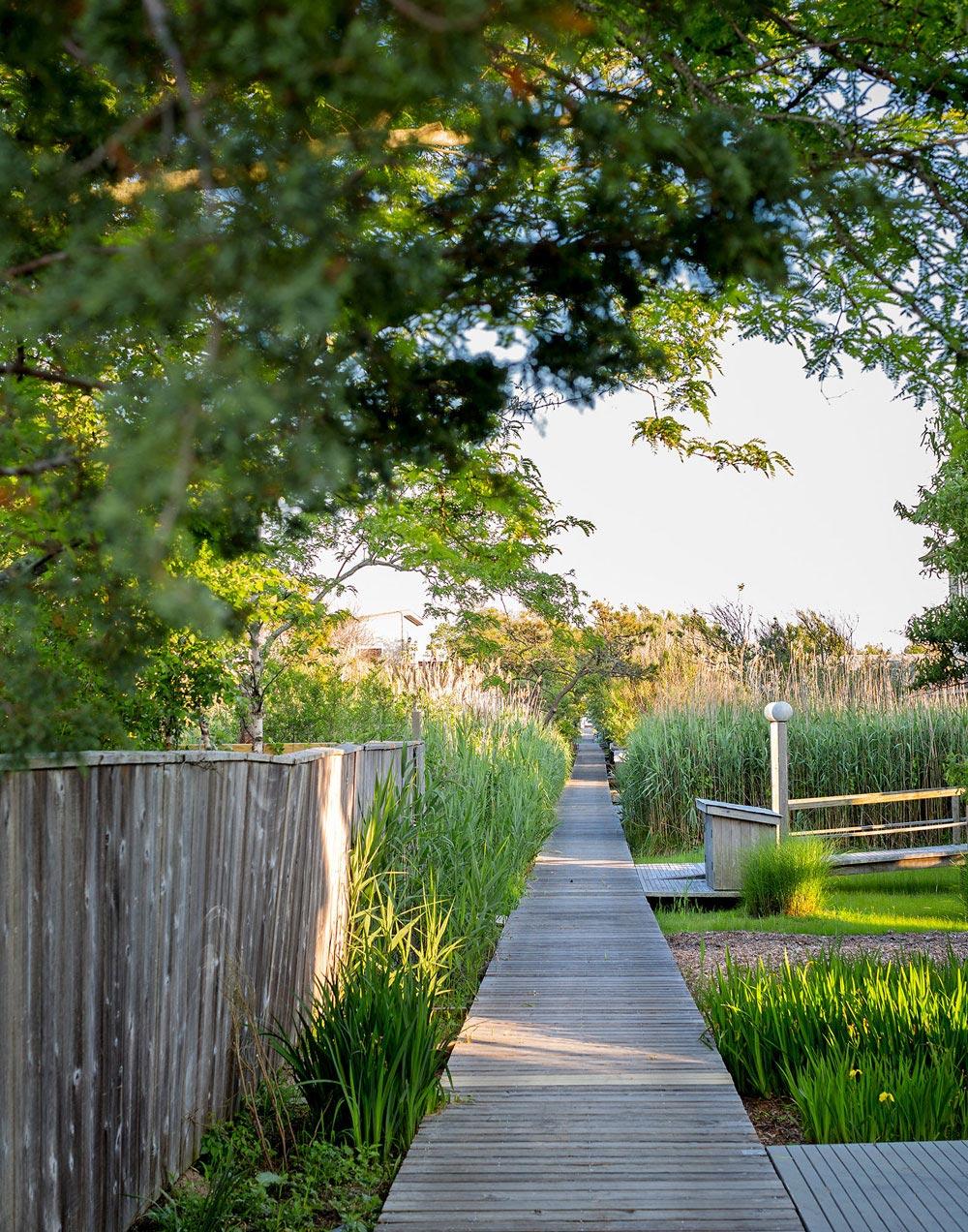 Wooden Pathway, Richard Meier's Fire Island House