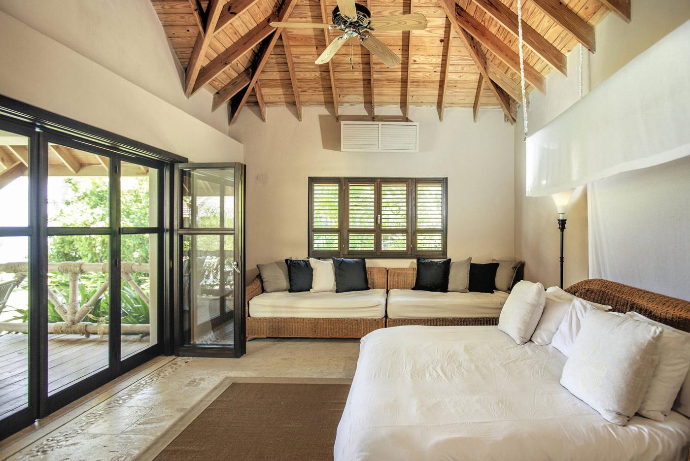 Bedroom, Patio Doors