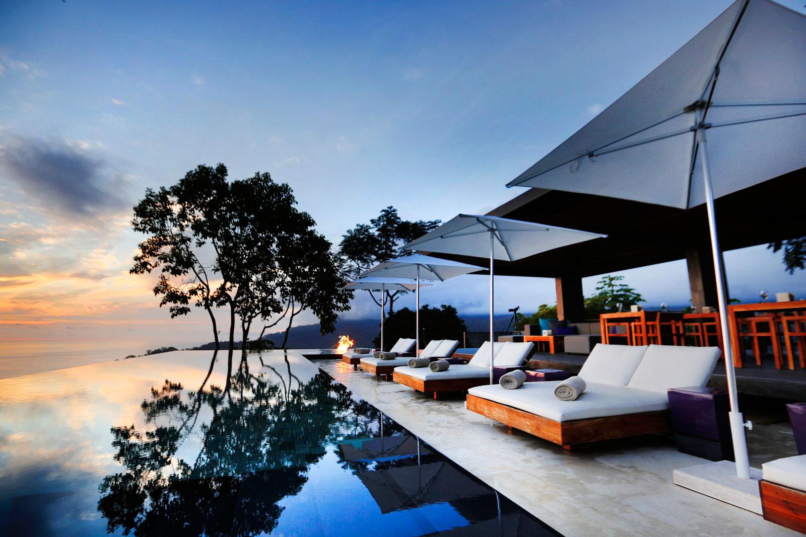 Evening, Terrace, Pool, Holiday Villas in Costa Rica
