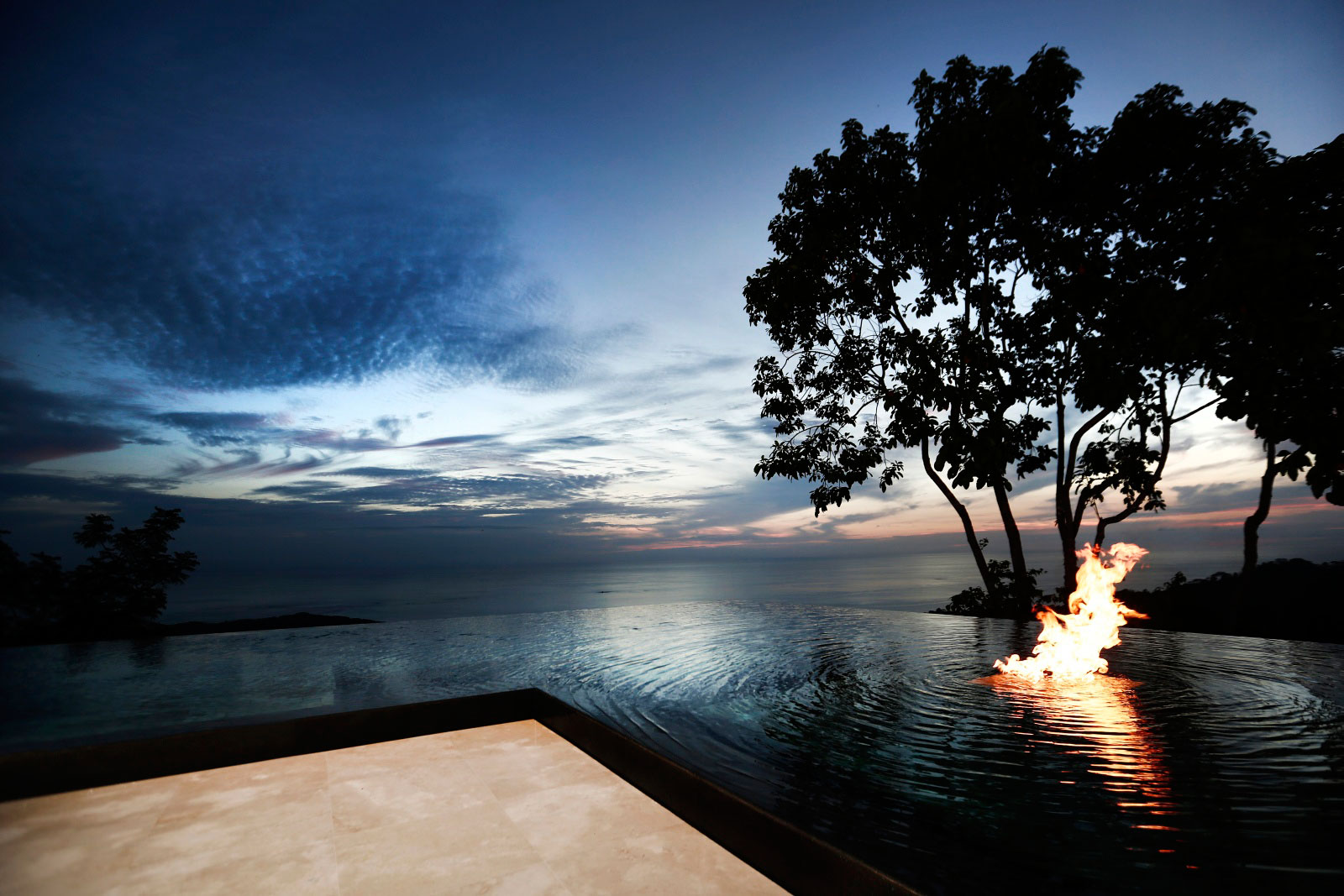 Infinity Pool, Fire Pit, Holiday Villas in Costa Rica