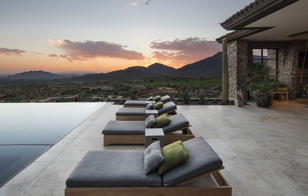 Terrace, Infinity Pool, Mountain Views