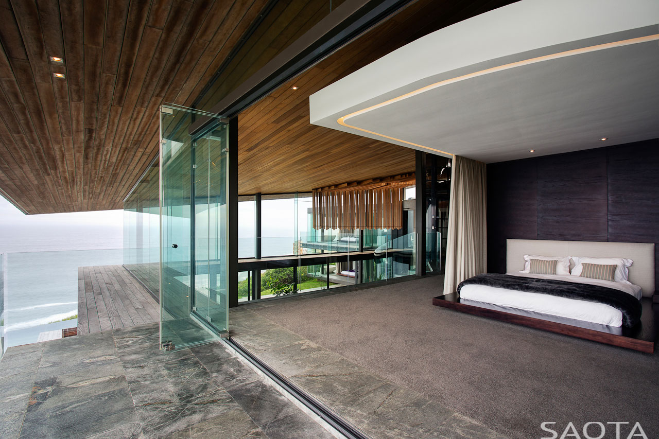 Bedroom, Glass Sliding Doors