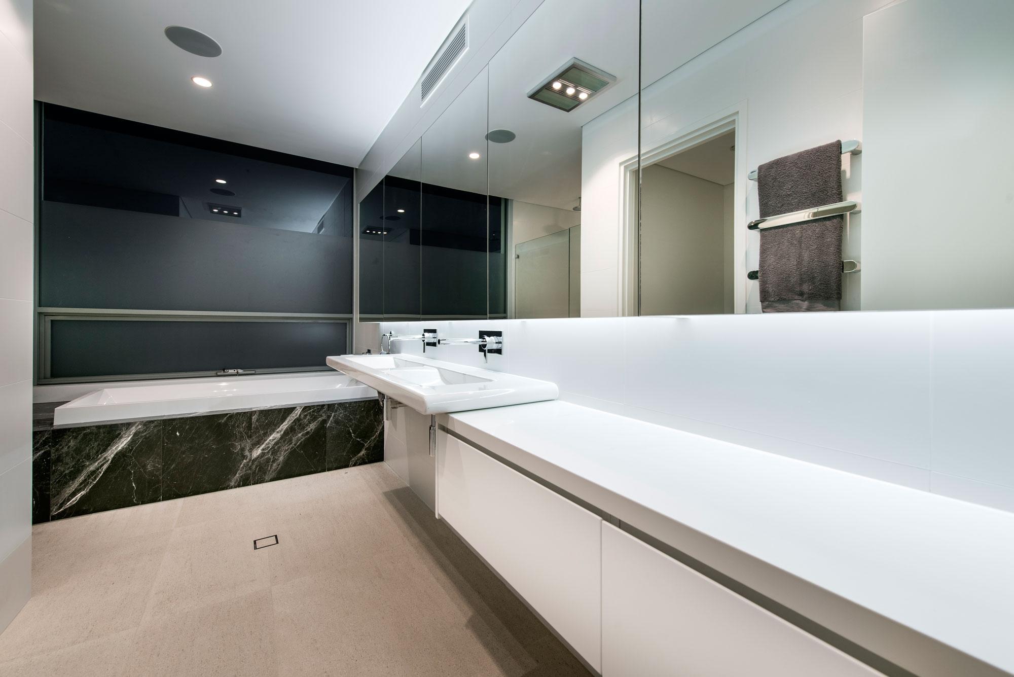 Bath, Sink