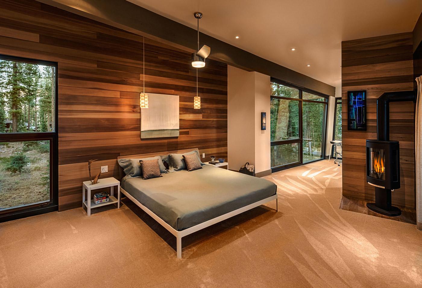 Bedroom, Fireplace