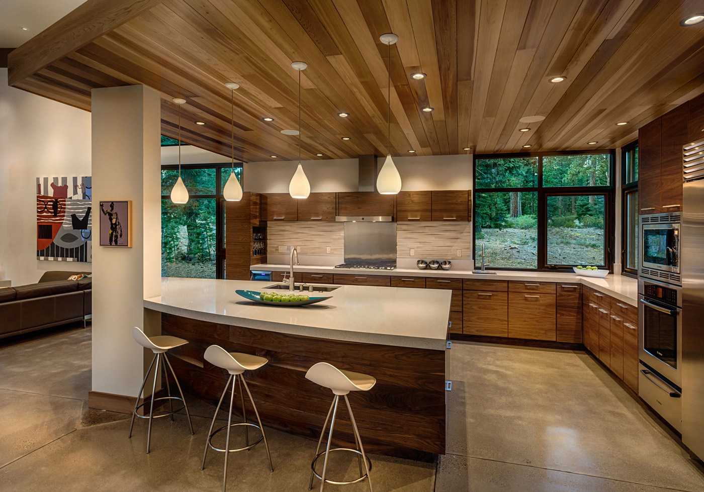 Modern mountain home in truckee Modern houses interior kitchen