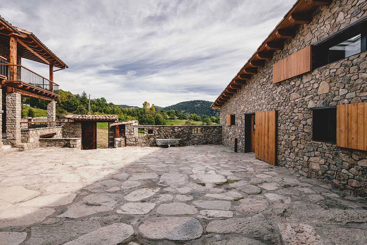 stone courtyard. Black Bedroom Furniture Sets. Home Design Ideas