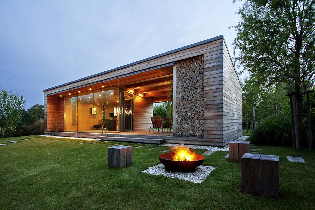Glass Facade Firepit