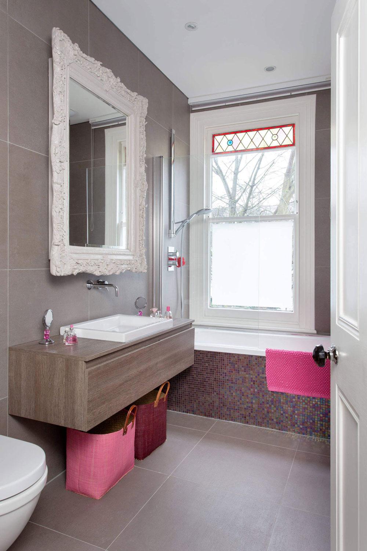 Mirror, sink