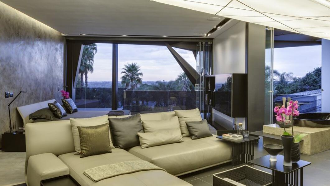 Bedroom, Living Area