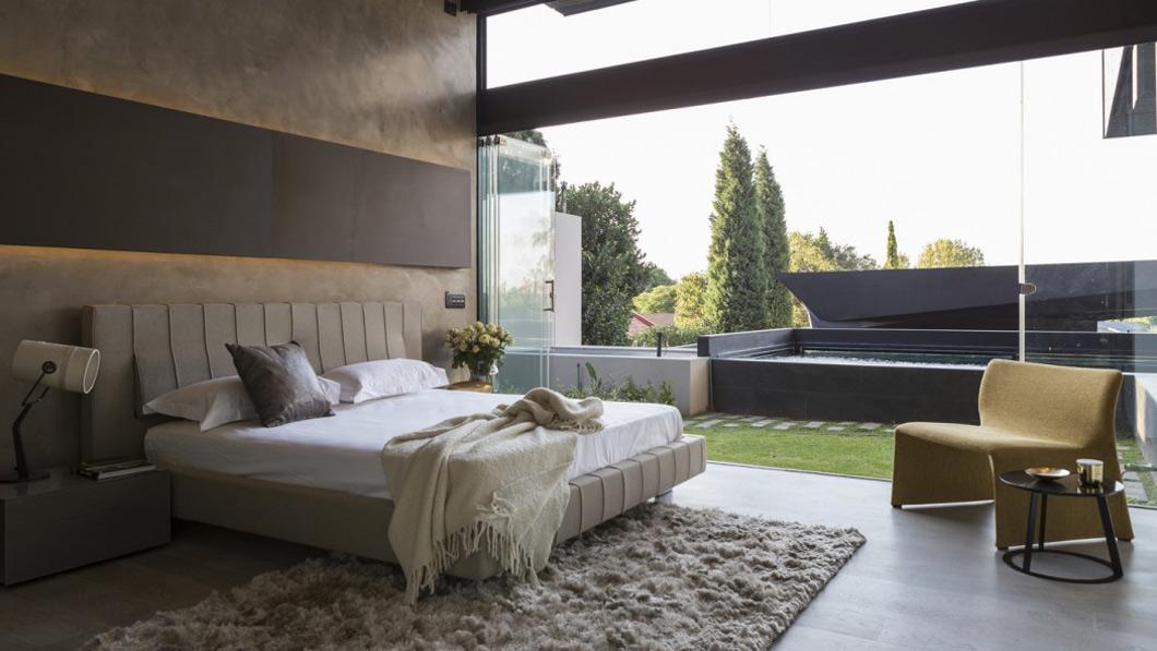Bedroom, glass doors