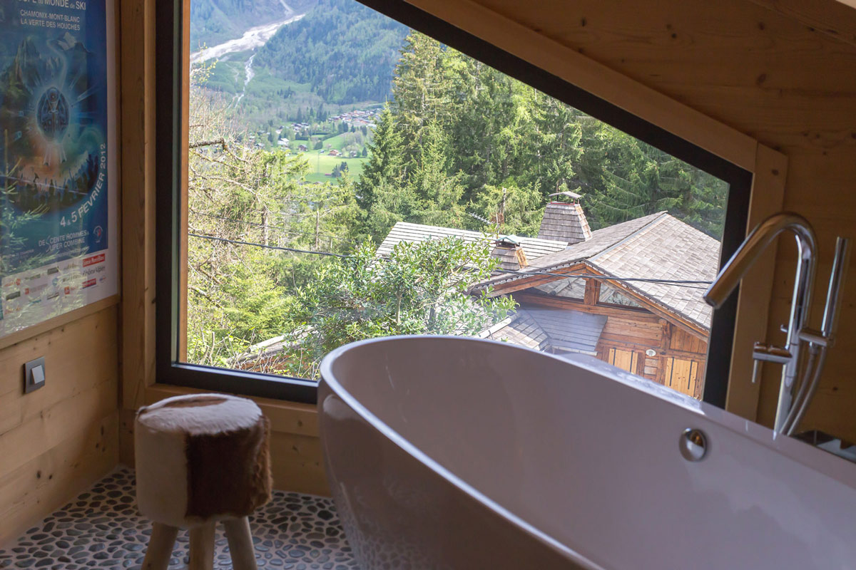 Bathtub, alpine views