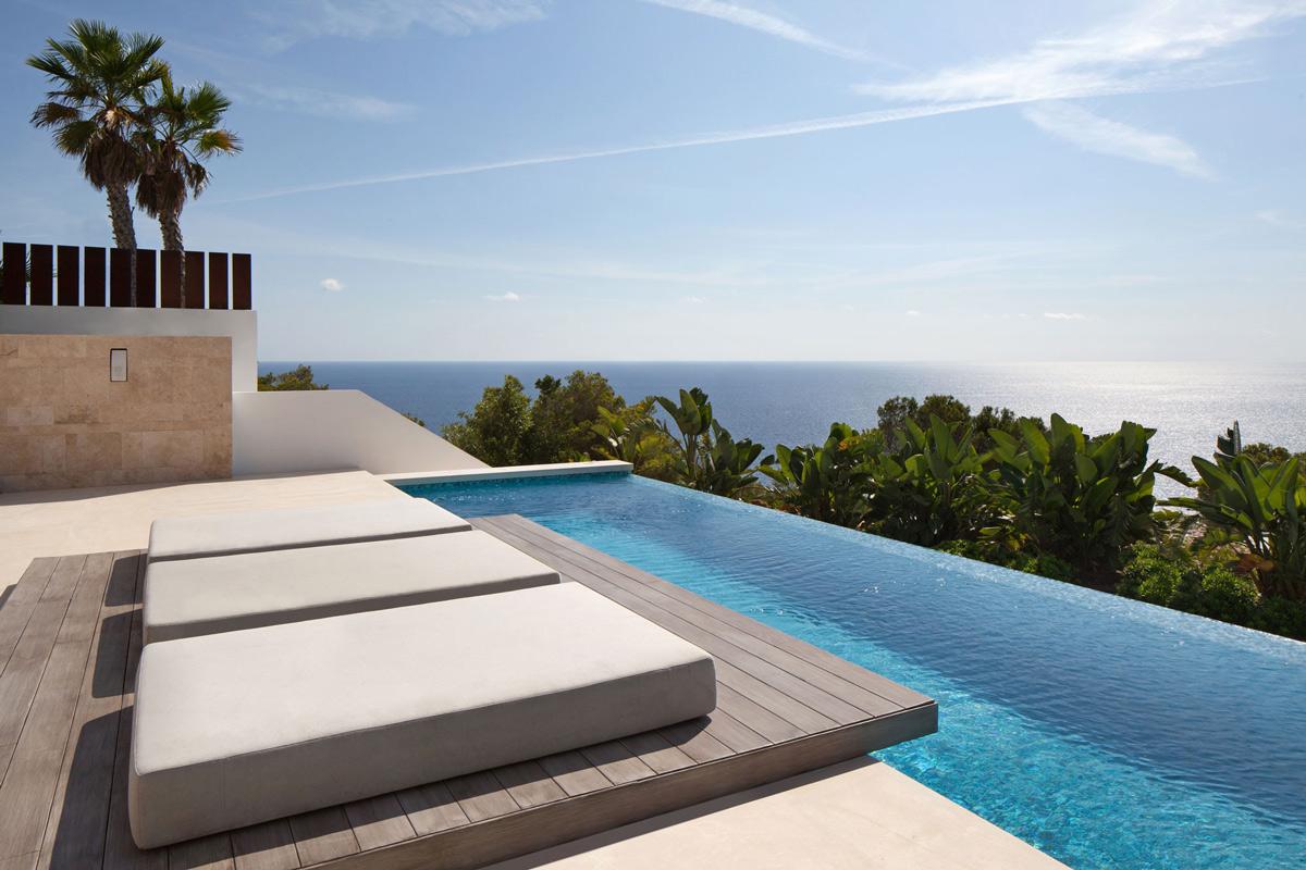 Infinity Pool, Sea Views