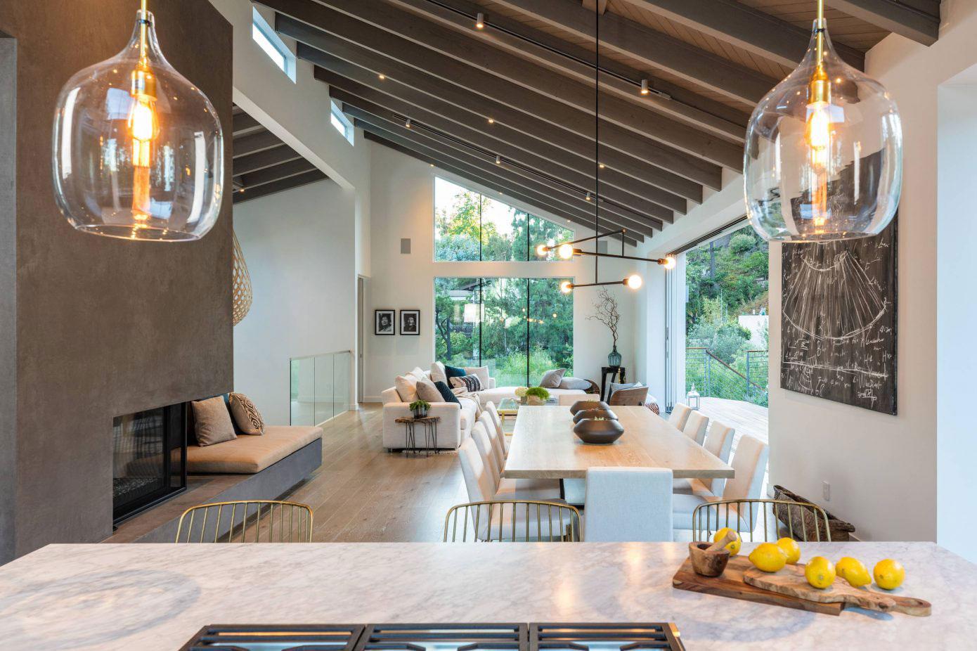 Modern fireplace, pendant lighting