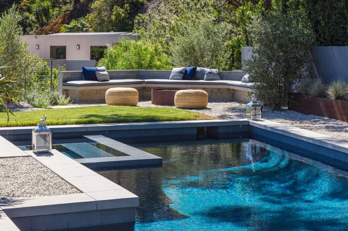 Outdoor seating, pool