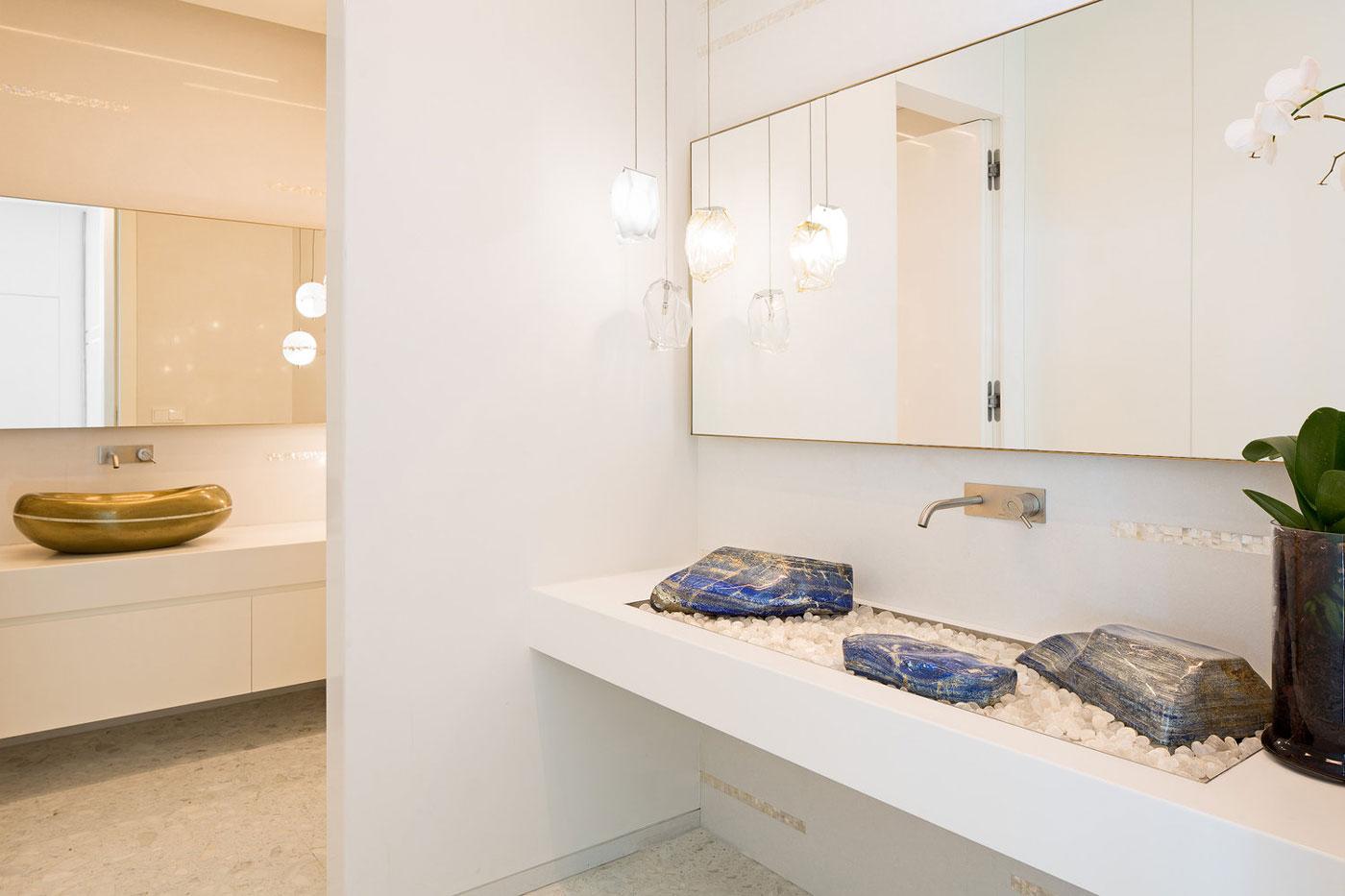 Bathroom sink with rocks & stones