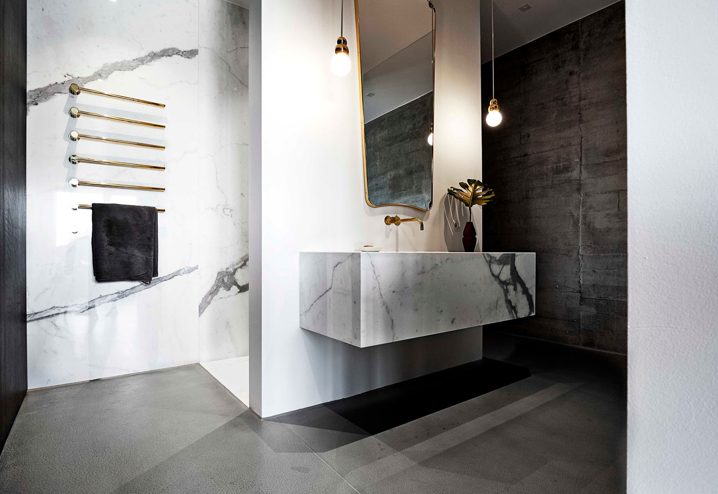 Bathroom marble wall, pendant lighting