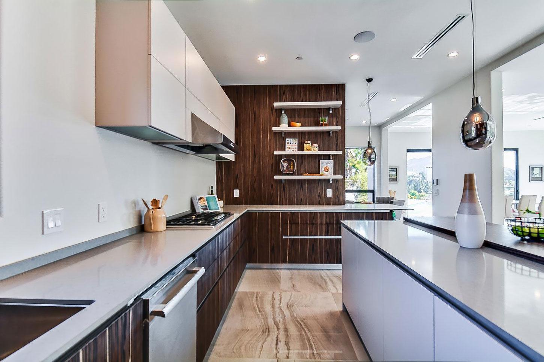 Kitchen, pendant lighting
