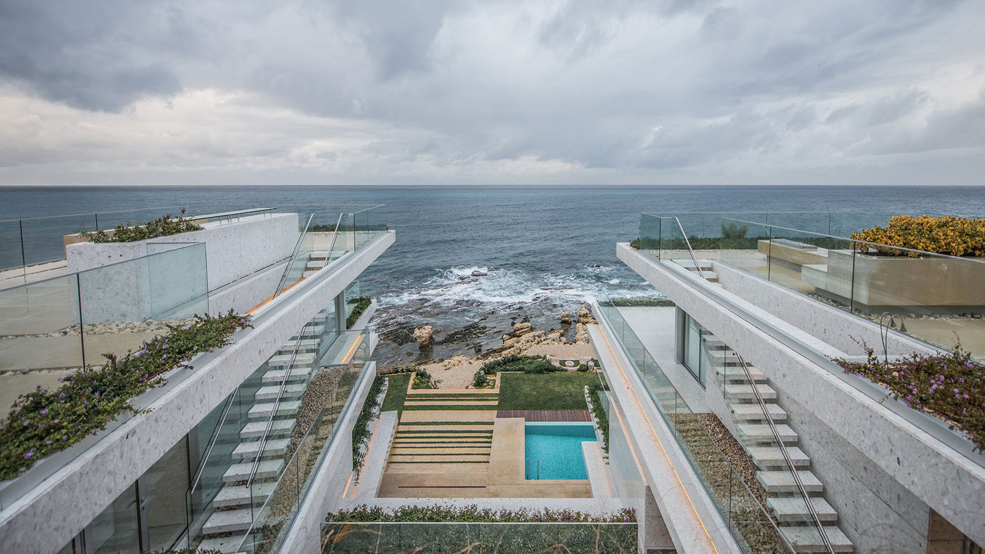 Roof terraces, outdoor stairs