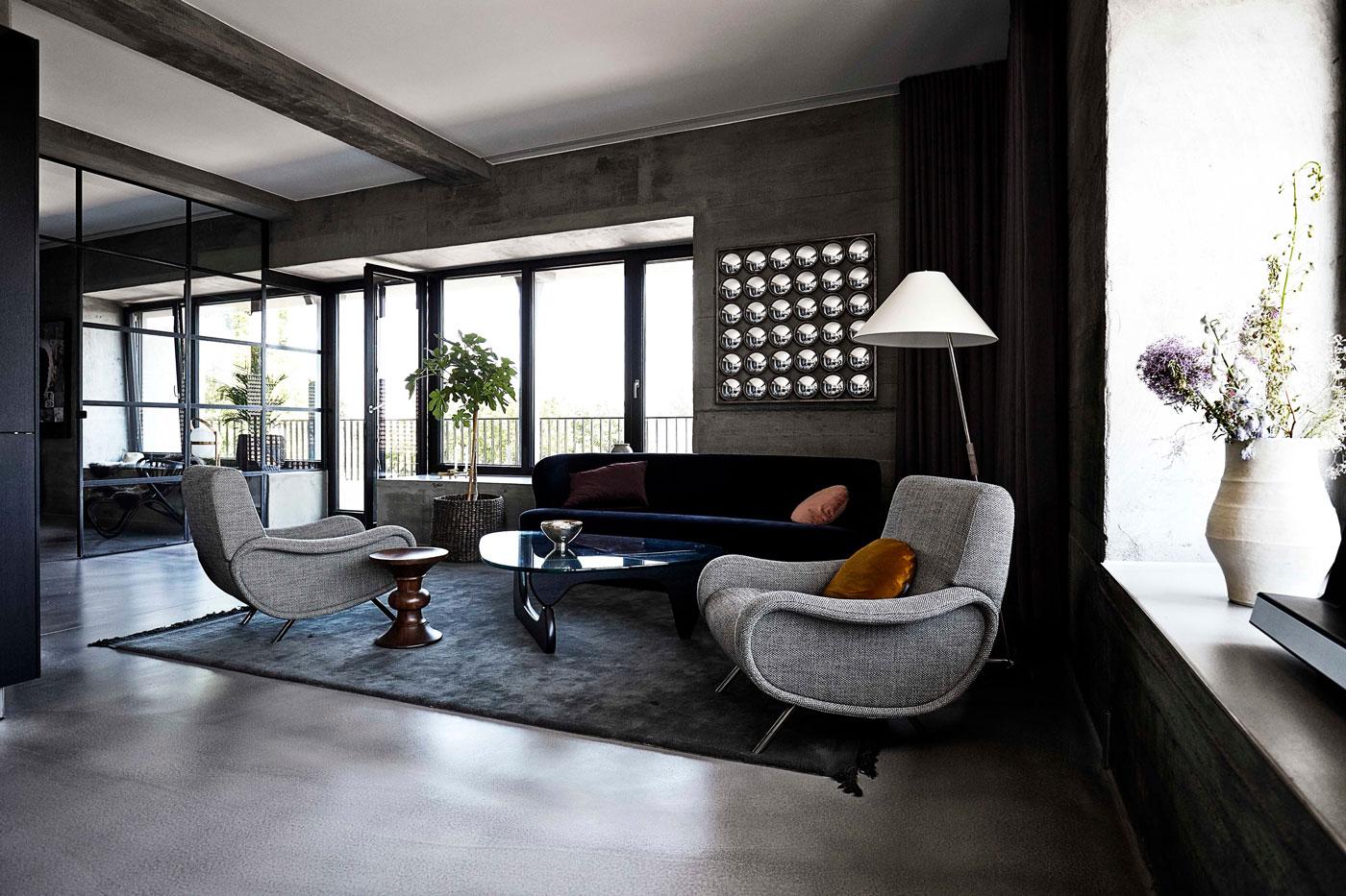 Rug, chairs, coffee table, sofa