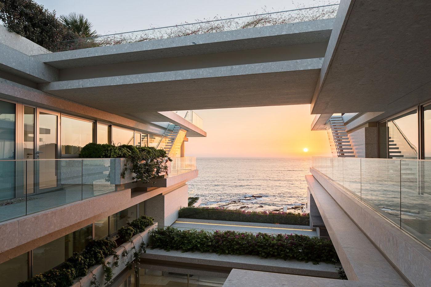 Sunset views, balcony