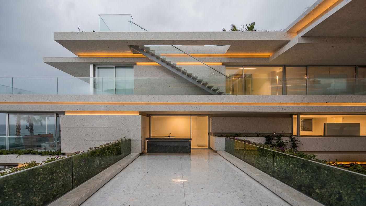Terrace, glass balustrading