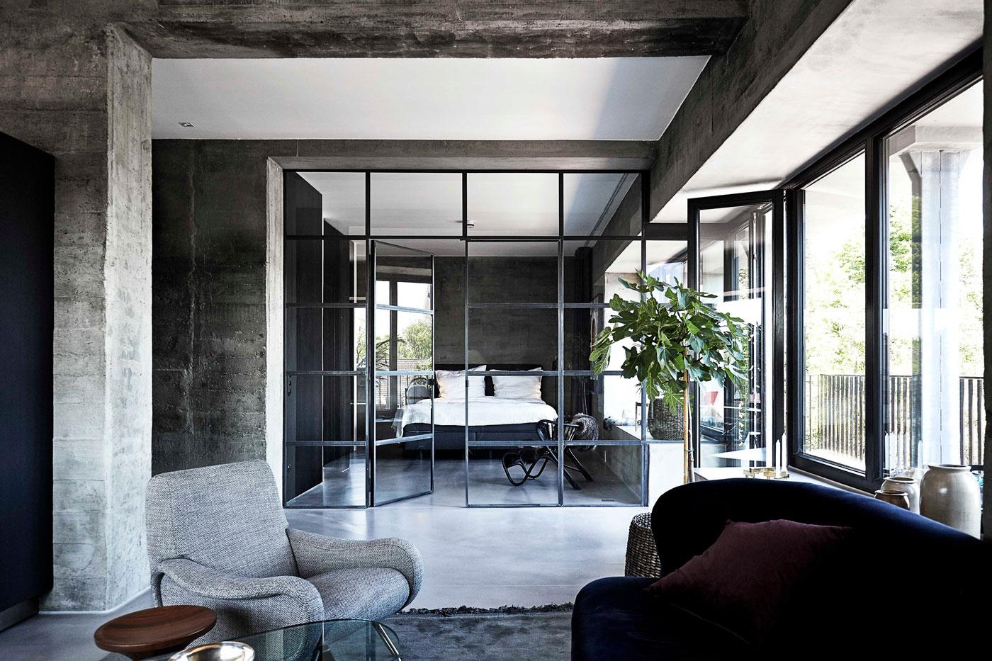 Thick concrete walls